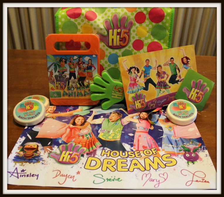 Hi-5 Merchandise pack