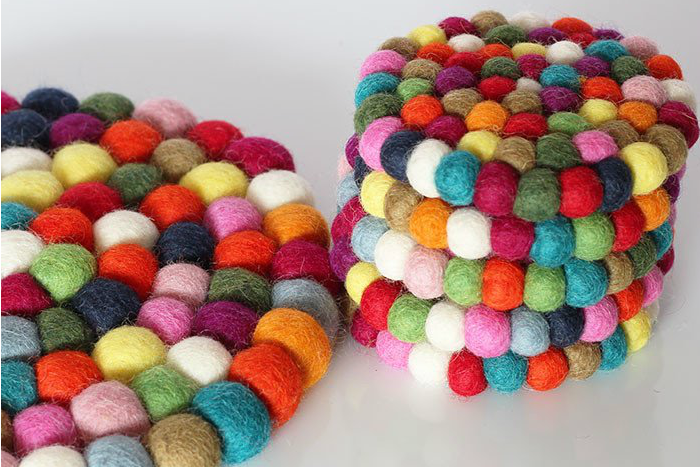 1multicolour-round-trivet-coaster-pack