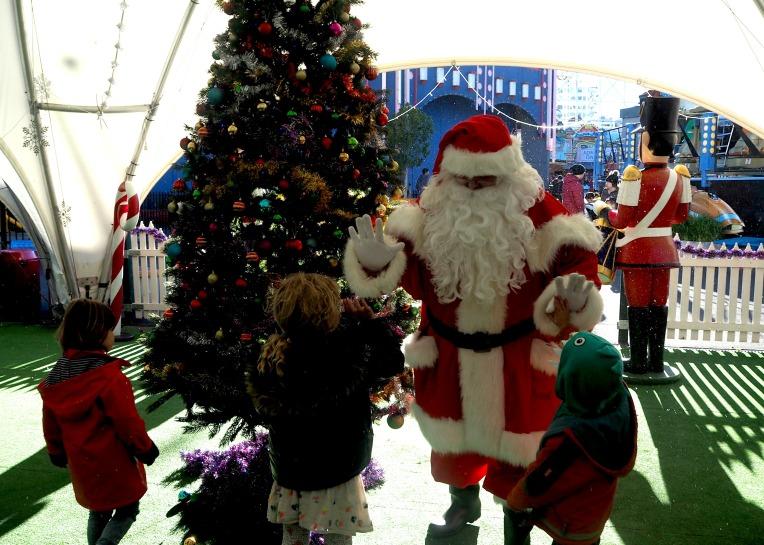 Luna Park Santa.jpg
